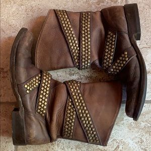 Old Gringo pull on Roper western cowboy boots 8.5